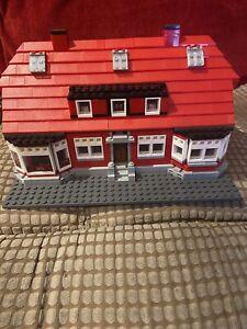 Building Bricks Blocks 17006 Red House