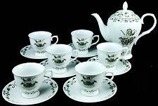 Hendricks Gin, 13 teiliges Tee-Service, 6 x Teetassen, 6 x Untertasse, 1 x Kanne