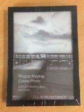 """Contemporary white photo frame 3.5"""" x 5"""" (9 cm x 13 cm)"""