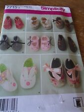 "7715 PATRON ""SIMPLICITY "" 7 VERSIONS CHAUSSURES CHAUSSONS BEBE 1ER AGE"
