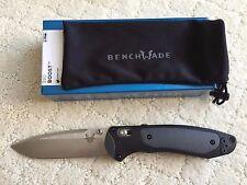 BENCHMADE BOOST GRAY BLK VERSAFLEX HANDLE SATIN CPM-S30V PLAIN EDGE KNIFE 590