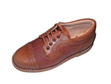 Zapato Niño Piel con cierre cordones color cuero suela goma Fabricado en España