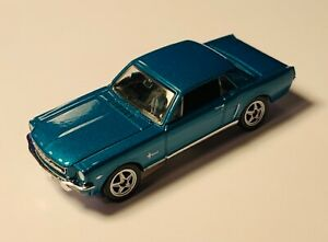 Welly NEX Miniature 1964 1/2 Ford Mustang Coupe Car Diecast #5826944