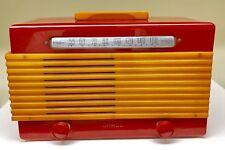 """CHERRY RED Garod """"Commander"""" 1945 Catalin Bakelite vacuum tube radio-Working!!"""