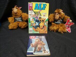 2 Vintage 1988 ALF Puppets BORN TO ROCK Burger King, Alf TV Guide & Alf comic