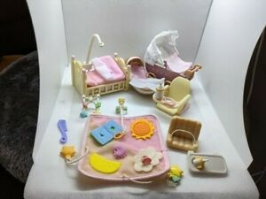 Calico critters/sylvanian families baby's room + Accessories partial sets?