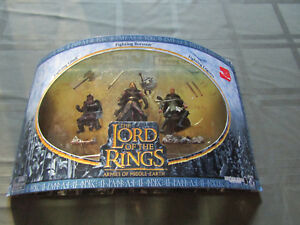 Lord of the Rings Armies soldiers scenes Fighting Fellowship  LOTR