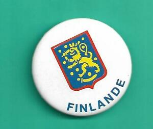 (1) TEAM FINLAND FRENCH VINTAGE  1981 CANADA CUP 2 INCH PINBACK  (V3622)