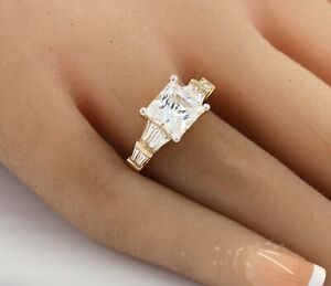Princess-cut Diamond Ring with Baguettes 18k Yellow Gold over 925