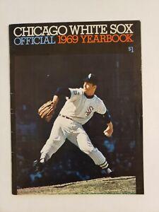 1969 CHICAGO WHITE SOX OFFICIAL YEARBOOK Luis Aparicio Duane Josephson