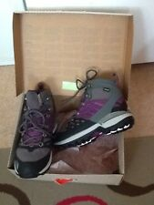 North Face Zinc Grey/Premiere Purple Flare Iceflare Mid GTX Walking Boots