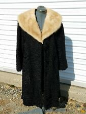 Vintage Furs The May Company Cleveland Ladies Real Lamp & Mink Fur Collar Coat