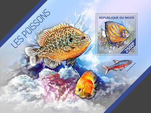 Niger - 2014 Tropical Fishes Stamp Souvenir Sheet 14A-463