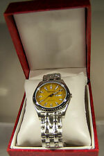 NEW IN BOX MENS BRACELET WATCH WITH A CURRY CRYSTAL CALENDER DIAL BY ROUSSEAU