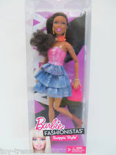 """Barbie Fashionistas Swappin Styles """"ARTSY"""" Barbie Doll & her Accessories"""