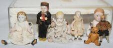 6 antike Ganzbisquit Miniatur-Püppchen