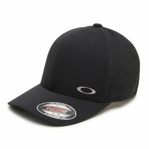 NEW Oakley Aero Perf Trucker Hat - Blackout - L/XL - Drummond Golf