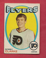 1971-72 OPC  # 114 FLYERS BOBBY CLARKE 2ND YEAR  CARD