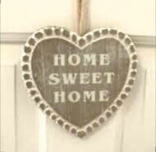 'HOME SWEET HOME' Wooden Heart Hanging Plaque