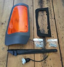 BRAND NEW FORD TRANSIT CAMPERVAN AMBER FRONT RIGHT INDICATOR COMPLETE