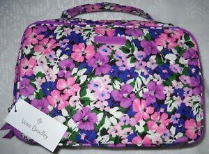 NWT, VERA BRADLEY FLOWER GARDEN LARGE BLUSH & BRUSH COSMETIC CASE, RETAILS $59