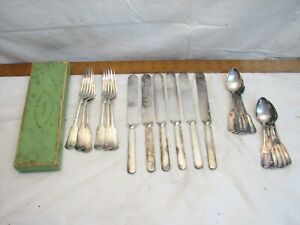 Set C. Rogers Bros Silver Plated Tipped Flatware 24 pcs svc for 6