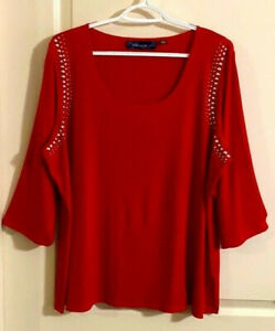 NWOT Susan Graver Red Liquid Knit Top Scooped Neckline 3/4 Sleeves Beaded Accent