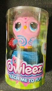 2X Owleez, Flying Baby Owl Interactive Toy with Lights&Sounds (Pink) (Pack of 2)