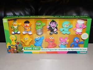 Sesame Street Deluxe Figure Set - Great Set for Collection or Gift - NIB *NEAT!*