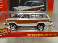 Johnny Lightning 1981 JEEP WAGONEER Classic Gold '81 w/RR REAL RUBBER tires