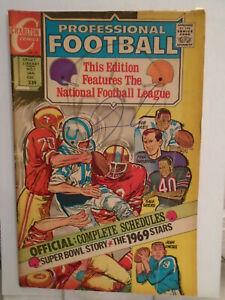 Charlton Sports Library PROFESSIONAL FOOTBALL #1 (1970) Tony Tallarico Cover