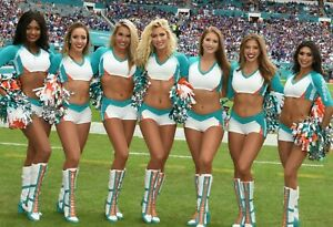 MIAMI DOLPHINS sexy NFL CHEERLEADER 🏈 4x6 GLOSSY PHOTO 🏈 hot candid (#Q1738)