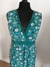 Mantaray sleeveless green dress with crossover bodice and back tie size 18