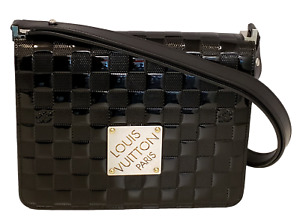 Louis Vuitton Damier Vernis Black Cabaret Shoulder Bag