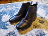 Michael Kors women booties size 8 - Black Leather - Great Conditions