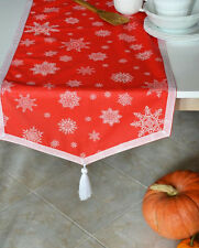 Handmade Christmas table runner snowflakes pattern + 6 napkins.