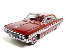 1962 OLDSMOBILE STARFIRE GARNET/RED 1:18 DIECAST MODEL CAR ROAD SIGNATURE 20208