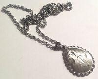pendentif collier chaine vintage année 70 couleur argent gravé strié * 4667