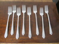 IS COTILLION Set of 8 Grille Forks Wm Rogers Vintage Silverplate Flatware Lot B