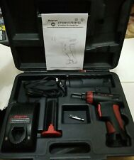 """Snap-on CTS561CL Driver Kit 7.2V - 1/4"""" Screwdriver,  1 Battery, Charger, Case"""