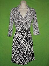 Ann Tylor size 4 P wrap dress 3/4 sleeve black white knee length polyester