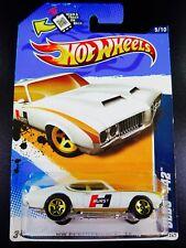 Hot wheels hurst olds 442 cutllass oldsmobile 2012 145/247 white / gold