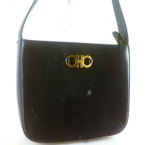 SALVATORE FERRAGAMO Gancini Leather Shoulder Bag Black DJ-21 7235