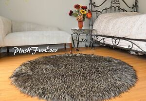 5' Black Tip Coyote Accent Faux Fur Area Rug Round Classic Bearskin PlushFurEver