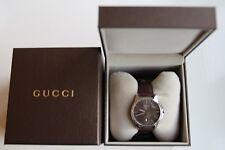 Gents Gucci G-TIMELESS, quadrante marrone con cinturino in pelle marrone Watch YA126318