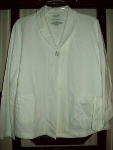 NWT CABERNET ONE BUTTON FRONT TEXTURED KNIT BED JACKET w POCKETS  IVORY M