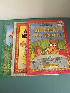 Lot Of 3 Books Arthur's TV Trouble,Art Goes To Camp, Art New Puppy By Marc Brown