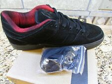 NEW OSIRIS CHINO LOW SNEAKER SHOES MENS 9.5 BLACK RED NEW IN BOX