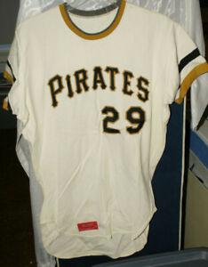1975 Jim Minshall Pittsburgh Pirates # 29 Jersey w/ Tag