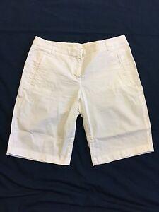 JCrew White Shorts With A Little Bit Of Stretch 10.5 Inseam Sz 6 EUC